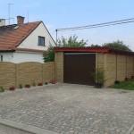 garáž z betonového plotu